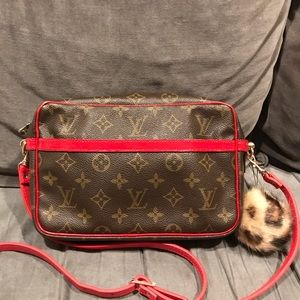 Authentic LV Compiegne 23
